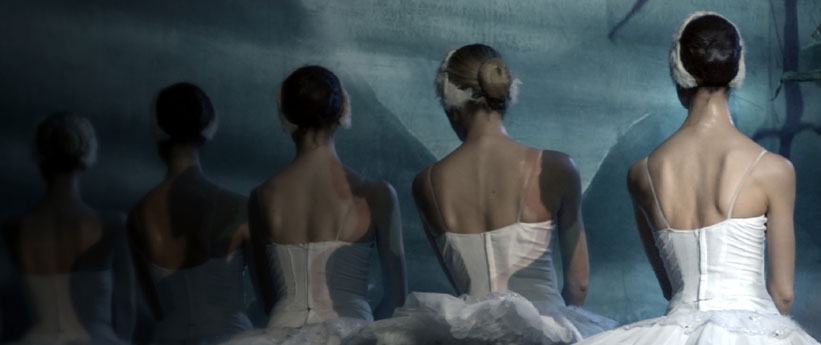 Ballet dancers in a line